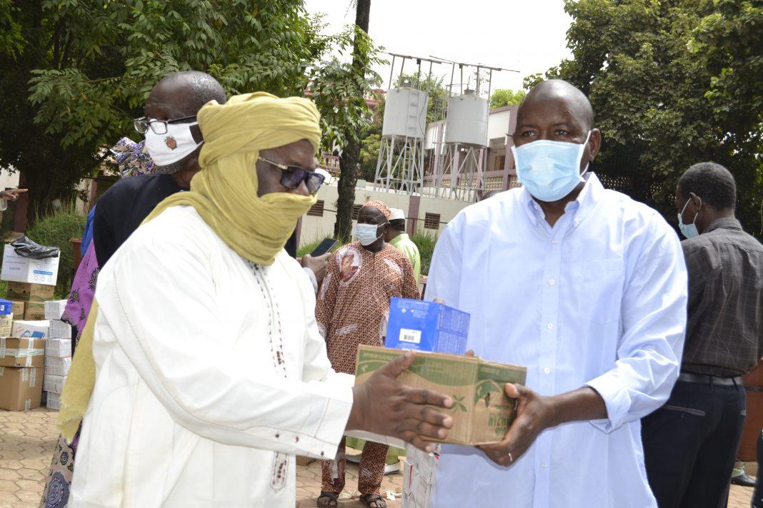 Le deuxième adjoint du maire du district de Bamako au CSCOM